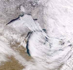 Lake Superior (top left) and Michigan (centre) can be seen generating 'lake effect' snow. Provided by the SeaWiFS Project, NASA/Goddard Space Flight Center, and ORBIMAGE