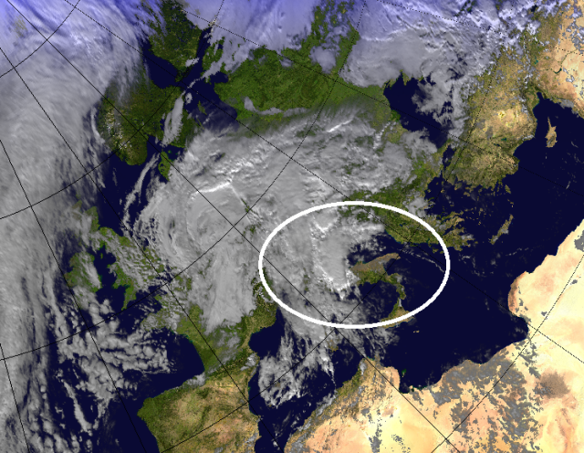Visible satellite image at 3pm showing clouds building over the central Mediterranean. Credit MSG.
