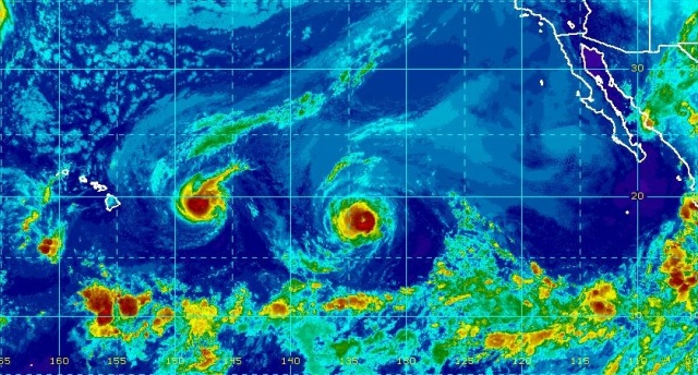Hurricanes Madeline (left) and Lester (right) seen heading westwards towards Hawaii on 30 August 2016 (Image: NOAA)